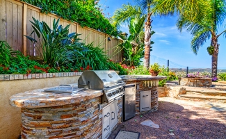 Outside Grill and Hardscape